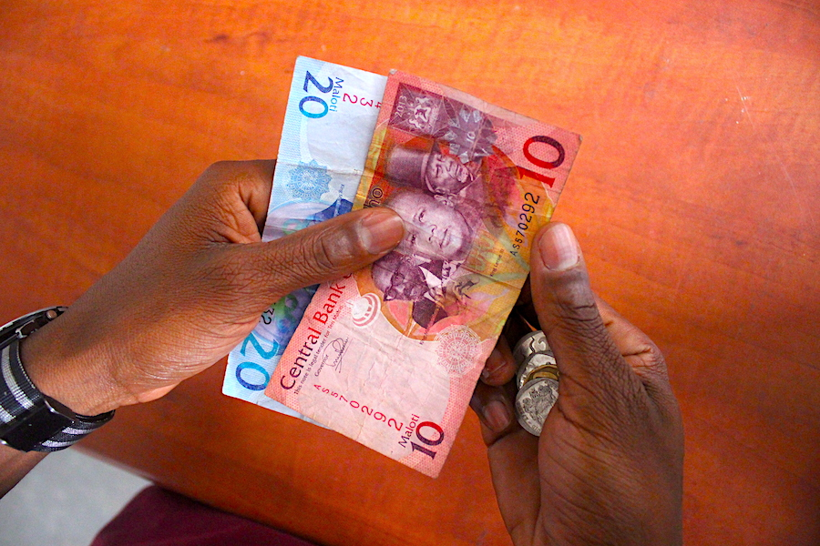 Does advertising pay? Money transfers for the unbanked people of Lesotho